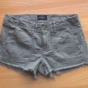 American Eagle utility washed olive shorts